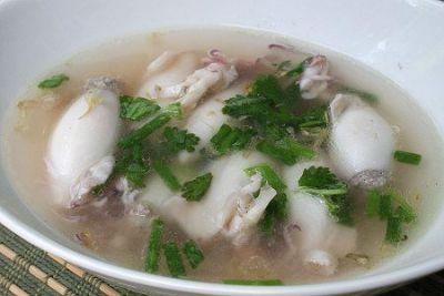 Суп из кальмаров и овощей