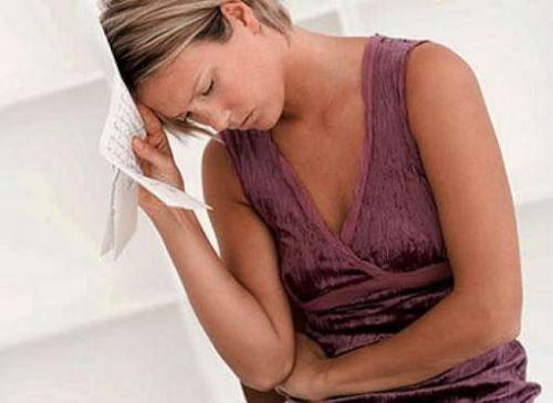 Головная боль у женщины