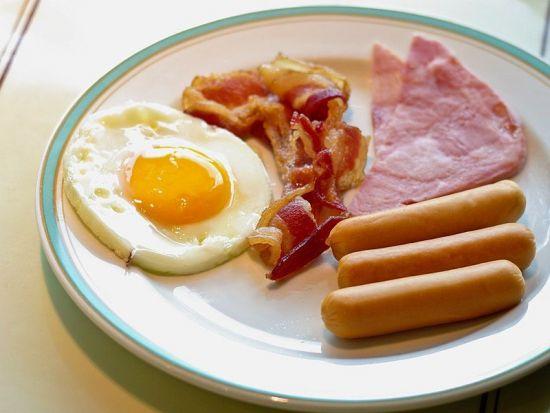 Жирный завтрак