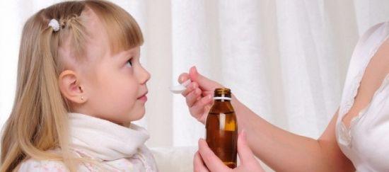 Лекарственный сироп для ребенка